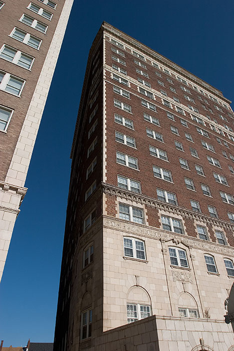 Buildings on Lindel, Saint Louis, MO //