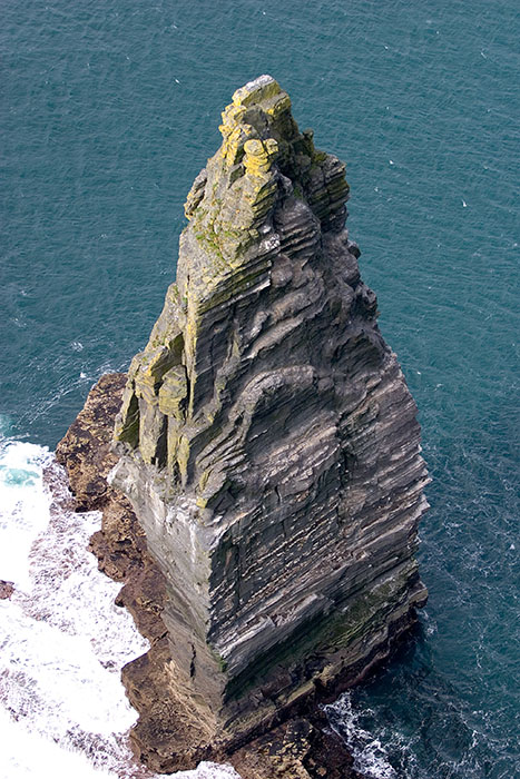 Stone Tower, Cliffs of Moher, County Clare, Ireland //