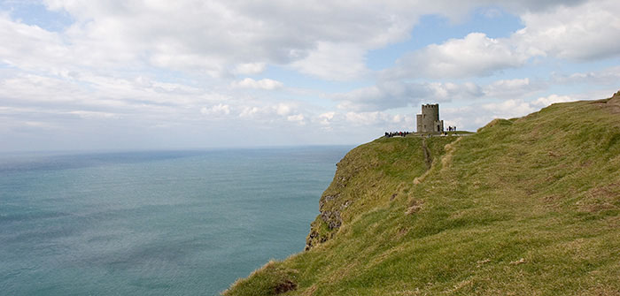 The Cliffs of Moher, Observation Tower, Country Claire, Ireland //