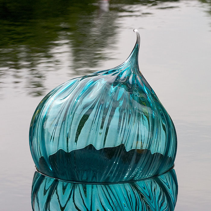 Blue Dew Drop, Chihuly Glass, Shaws Gardens, Saint Louis, MO //
