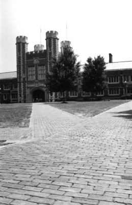 Washington University 9 //